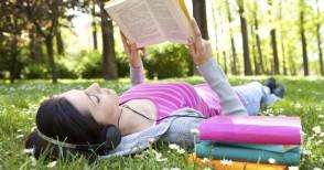 """""""Scatta un libro"""", la sfida per chi ama leggere e fotografare"""