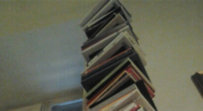 Viaggio fotografico nella libreria di uno scrittore: