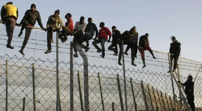 Un saggio analizza il fenomeno della migrazione, per sfatare alcuni miti
