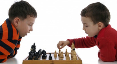 Scacchi a scuola: per migliorare in matematica (e crescere con una mente aperta)