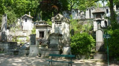 Il rossetto indelebile sulla tomba di Balzac - Reportage