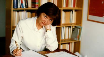 """Alicia Giménez-Bartlett si racconta: """"Vi svelo il grande potere della letteratura..."""""""