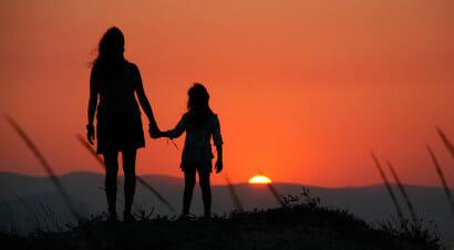 L'adolescenza non è facile neanche per i genitori: non imponiamoci di essere perfetti