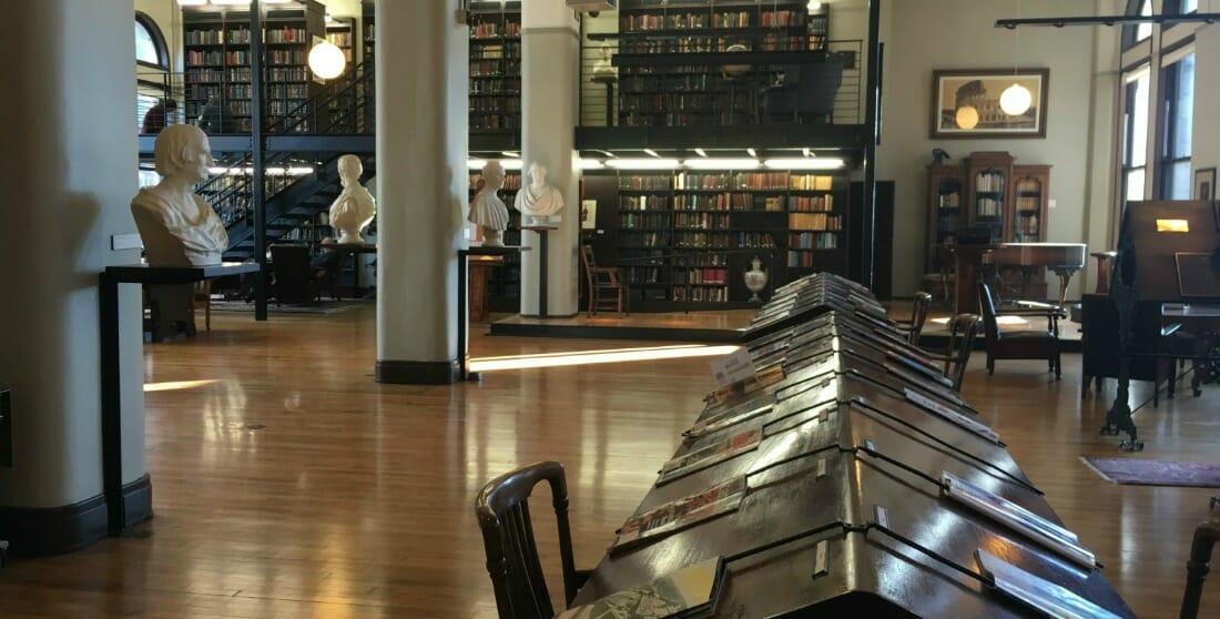 """La storia delle """"biblioteche per iscritti"""": da luoghi d'élite a centri culturali"""
