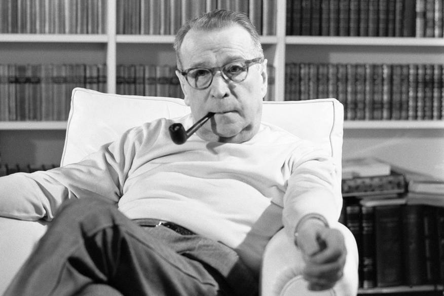 """""""La camera azzurra"""" di Simenon letta attraverso i Tarocchi"""