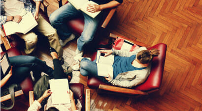 Perché (e come) organizzare un gruppo di lettura in ufficio