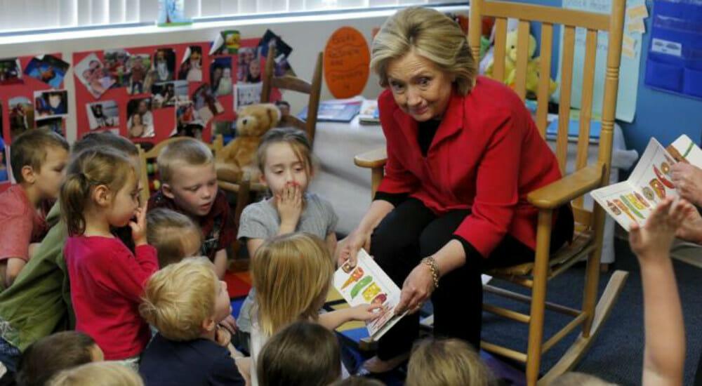 Il dolore di Hillary Clinton e il conforto dei libri