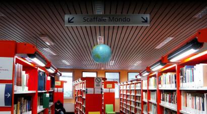 La biblioteca di Milano che aiuta l'integrazione della comunità cinese