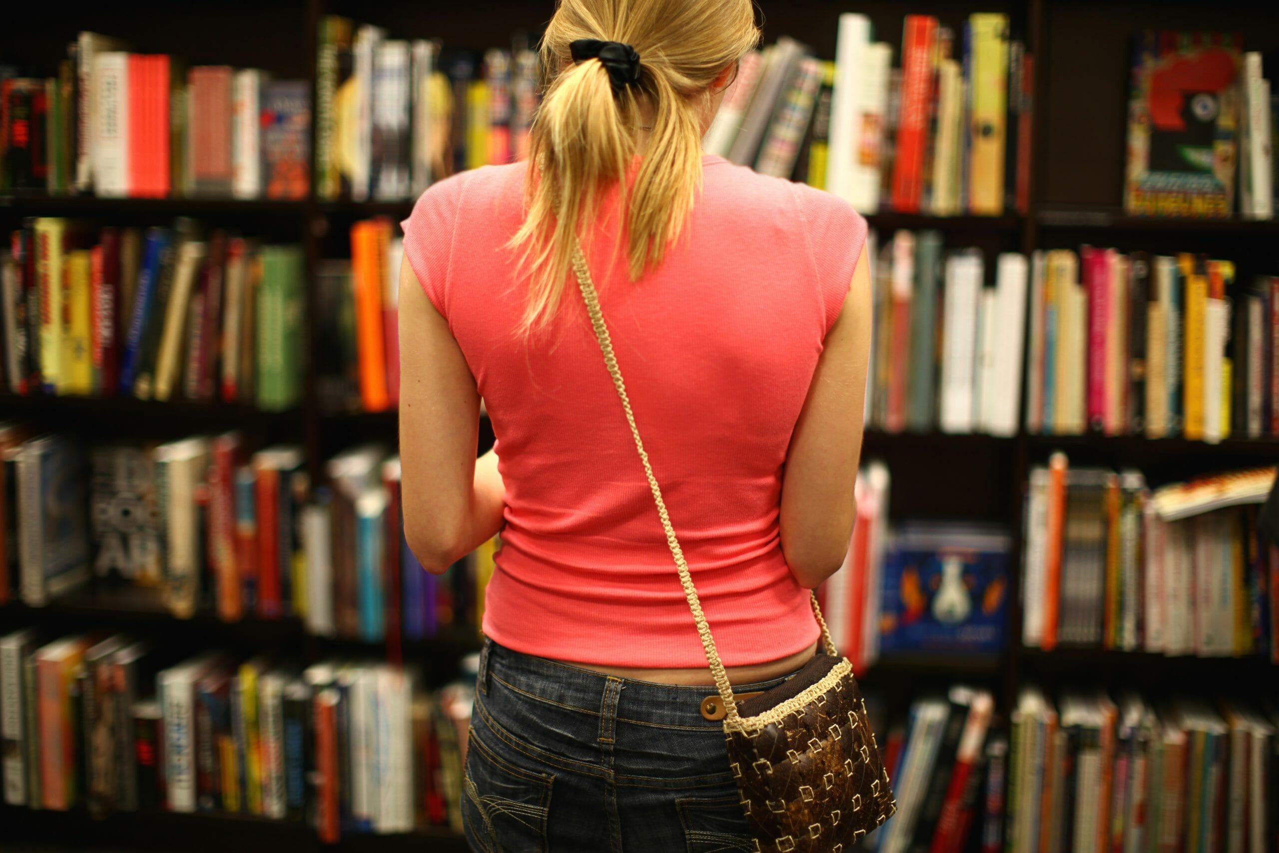 Quei lettori che amano comprare e collezionare i libri