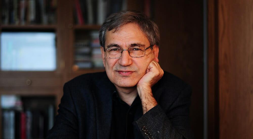 """I libri di Orhan Pamuk e il nuovo romanzo, """"La donna dai capelli rossi"""""""