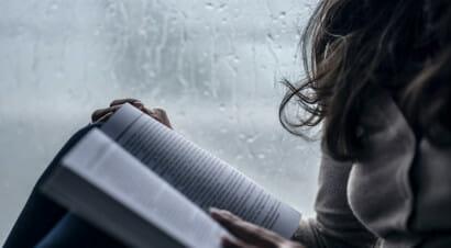 I libri che ci consolano nei momenti difficili, aiutandoci a reagire
