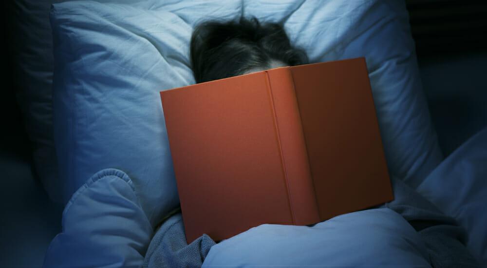 Leggere prima di andare a letto aiuta a dormire e svegliarsi meglio libri novit e ultime uscite - Sensazione di bagnato prima del ciclo ...