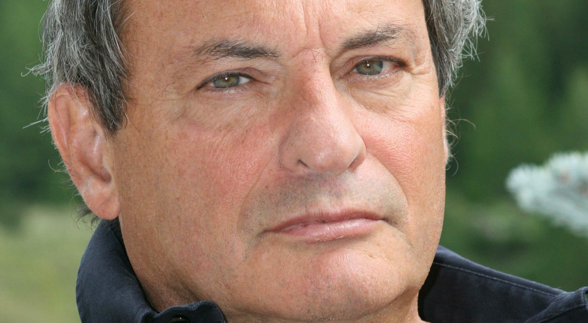 Un ricordo di Oliviero Beha, giornalista scomodo e spirito combattivo