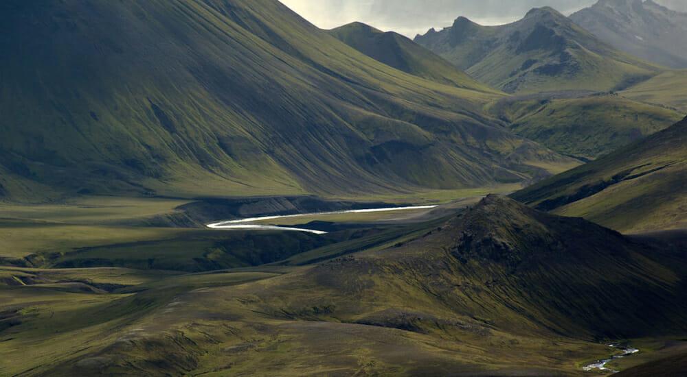 """""""Atlante leggendario delle strade d'Islanda"""": una guida di viaggio alternativa"""