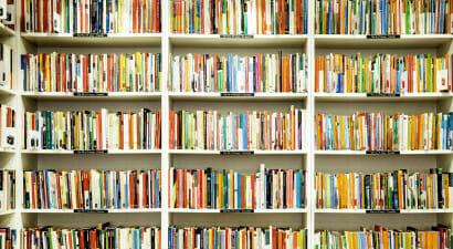 Crescono le vendite per i libri di narrativa italiana, a scapito di quella straniera - I dati