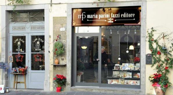 """Editoria """"artigianale"""": a Lucca, se pensi ai libri, pensi (anche) a Maria Pacini Fazzi"""