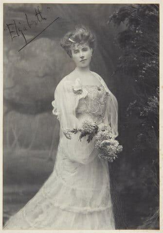 Elizabeth von Armin