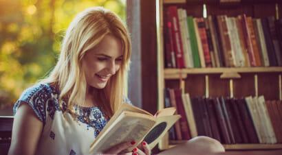 Il potere terapeutico della lettura e le volte in cui sentiamo che un libro ci sta
