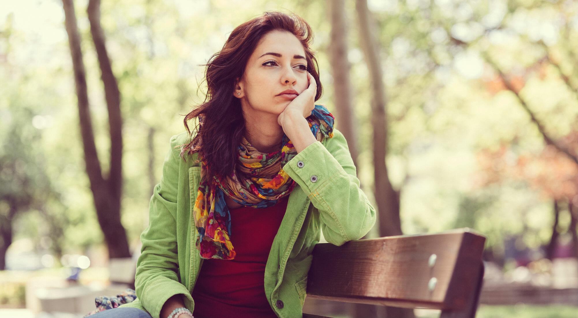 ragazze donna ragazza triste malinconia tristezza infelice