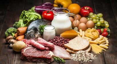 Sono tornati i tabù legati al cibo, dai quali Gesù ci aveva liberato? La riflessione del biblista Maggi