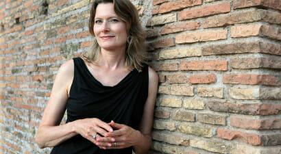 Viaggio tra i libri di Jennifer Egan, illusionista