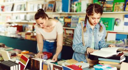 Sul vizio di scegliere e fotografare i libri in libreria, per poi acquistarli online