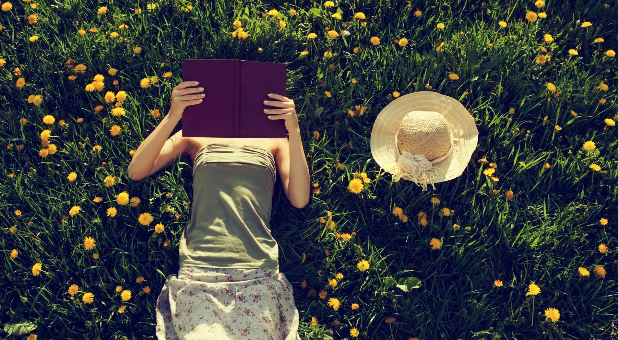 Nadia Terranova racconta il segreto della brillante, profonda e inquieta leggerezza di Madeleine St John