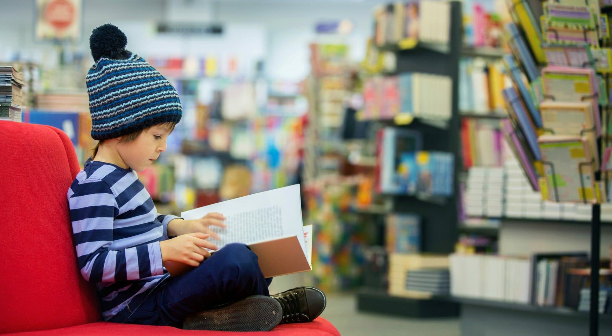 """Annalisa Strada: """"Quando gli studenti mi chiedono di libri in cui si parla di qualcosa di moderno"""""""