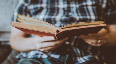 La ricerca: la crisi economica ha indotto una parte degli italiani ad abbandonare la lettura