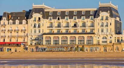 Reportage emotivo dalla costa che non c'è: a Balbec sulle tracce di Proust
