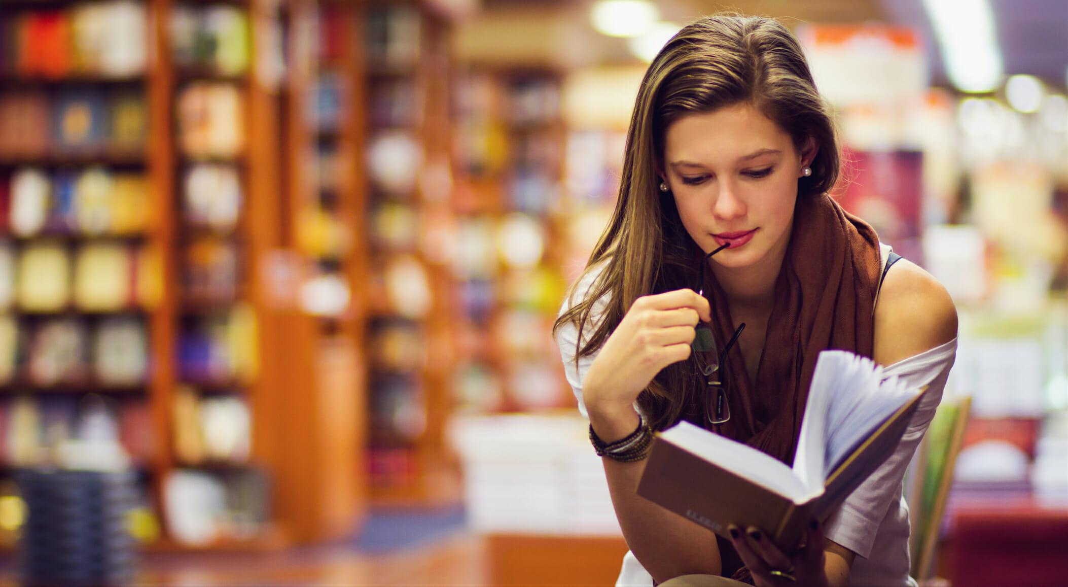 Perché abbiamo bisogno della critica letteraria (e tanti saggi consigliati)