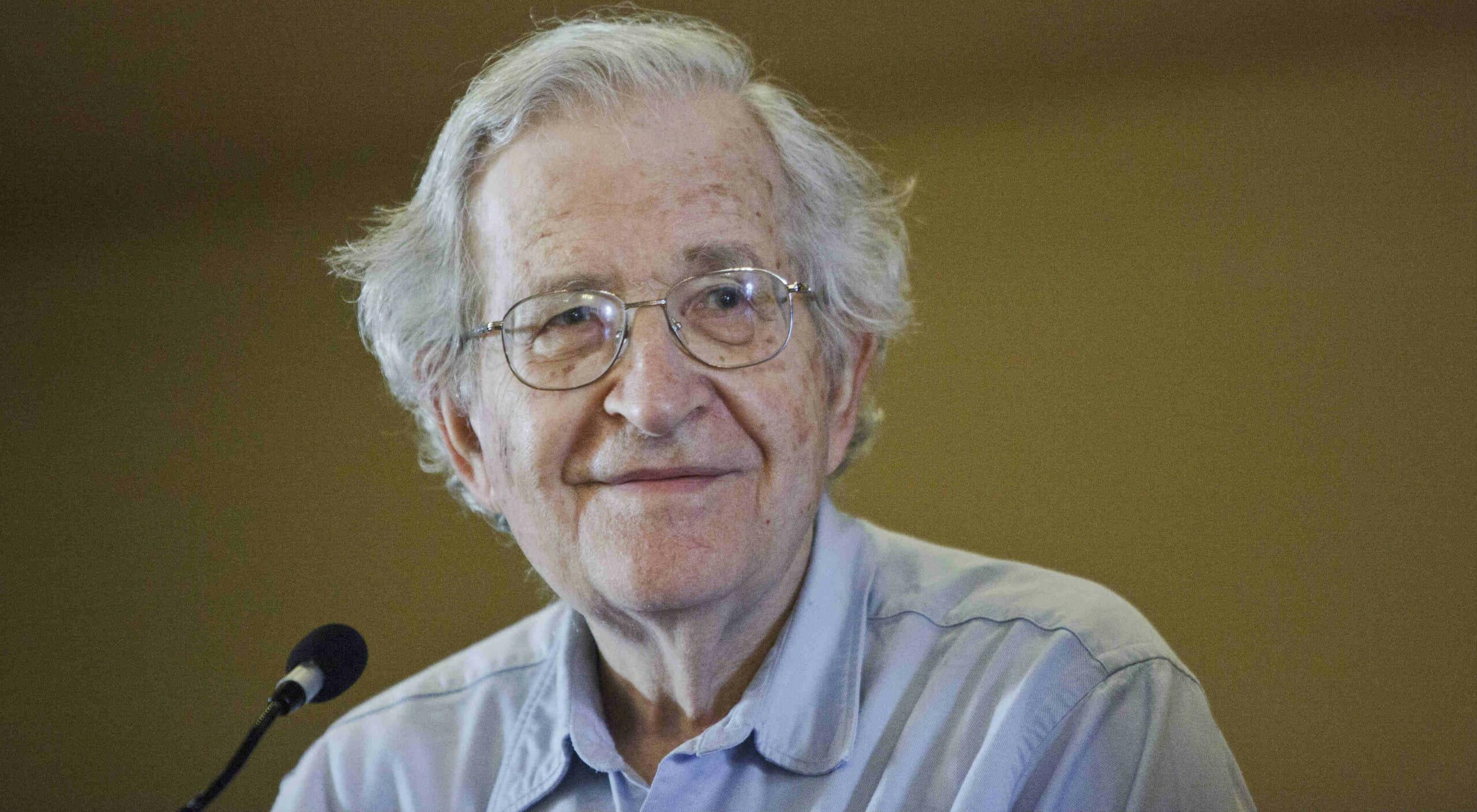 """""""La responsabilità degli intellettuali"""" per Noam Chomsky"""