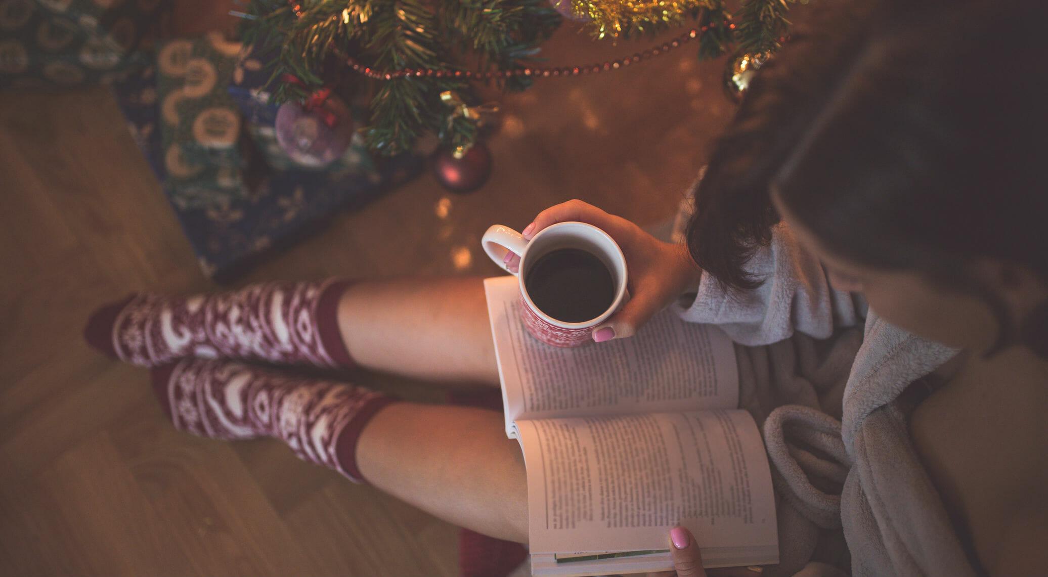 Una guida ai regali per lettrici e lettori di tutte le età, fra novità e grandi uscite dell'anno