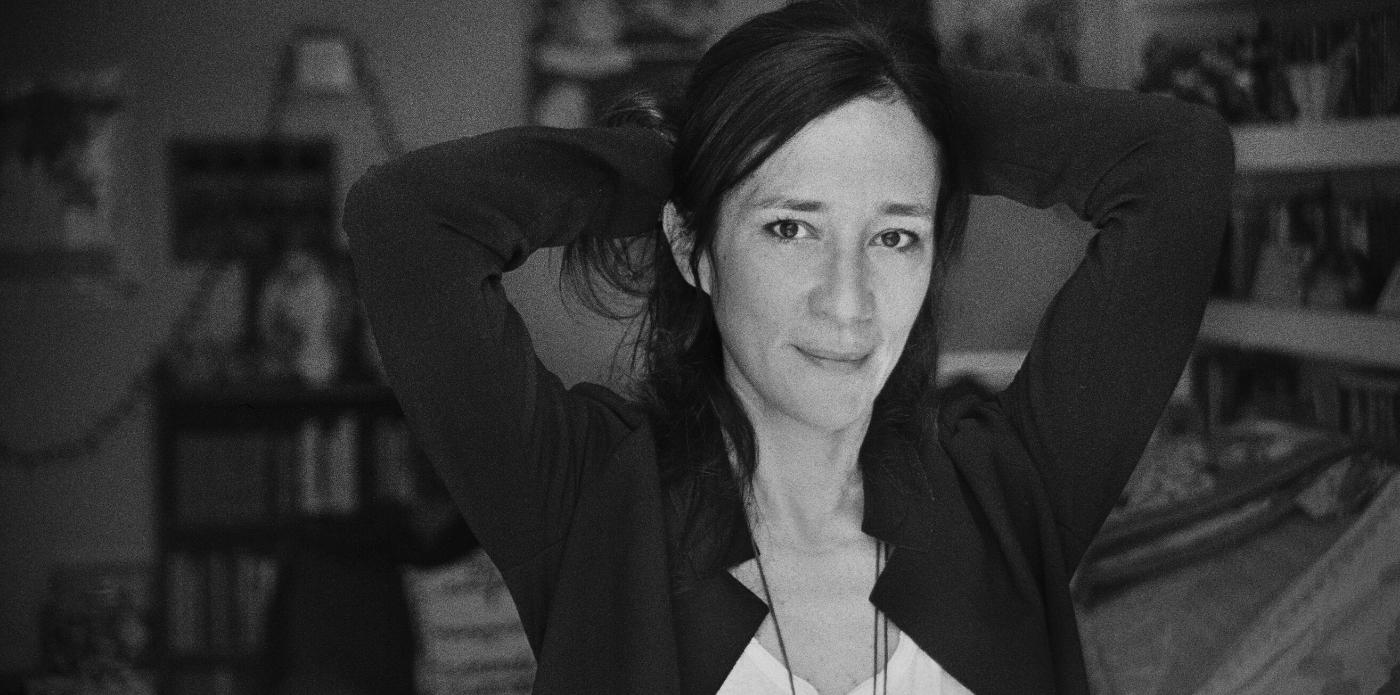 """Chiara Gamberale: """"È per provare a essere ogni giorno un po' meno malati che ci ostiniamo a vivere"""""""