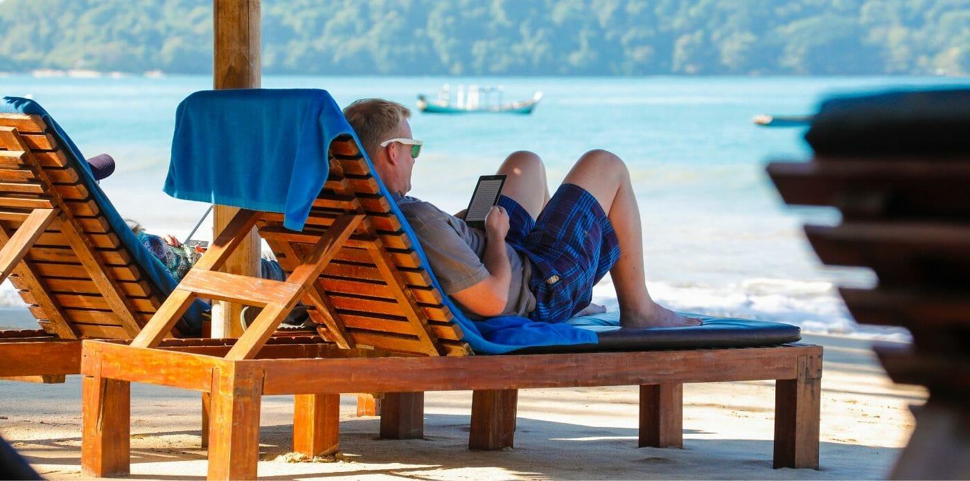 Centinaia di ebook in offerta ad agosto: le offerte dell'estate