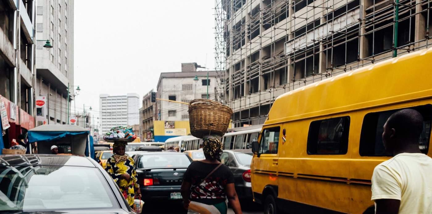 Con Iduma uno sguardo sconosciuto e poetico sull'Africa contemporanea