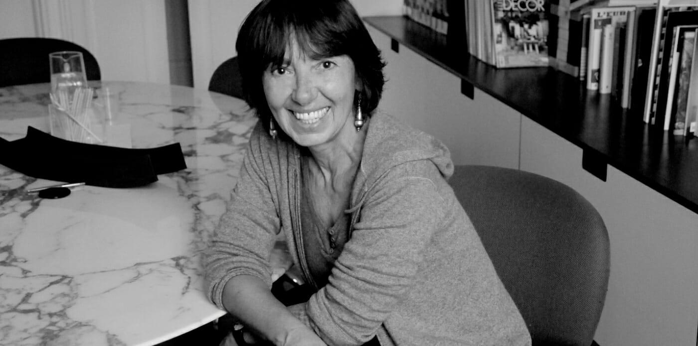 """""""La nostra attenzione è diventata pura merce"""": Annamaria Testa racconta """"Il coltellino svizzero"""""""