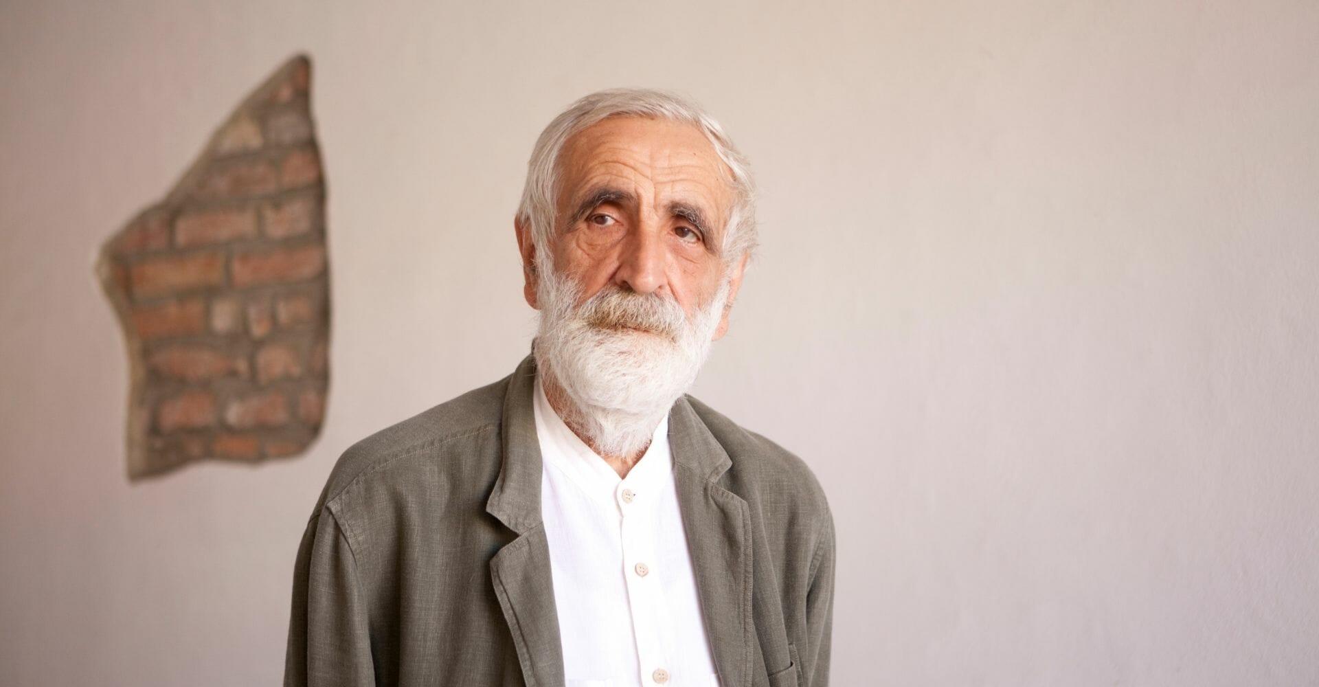 L'addio a Enzo Mari, maestro del design e autore di indimenticabili copertine
