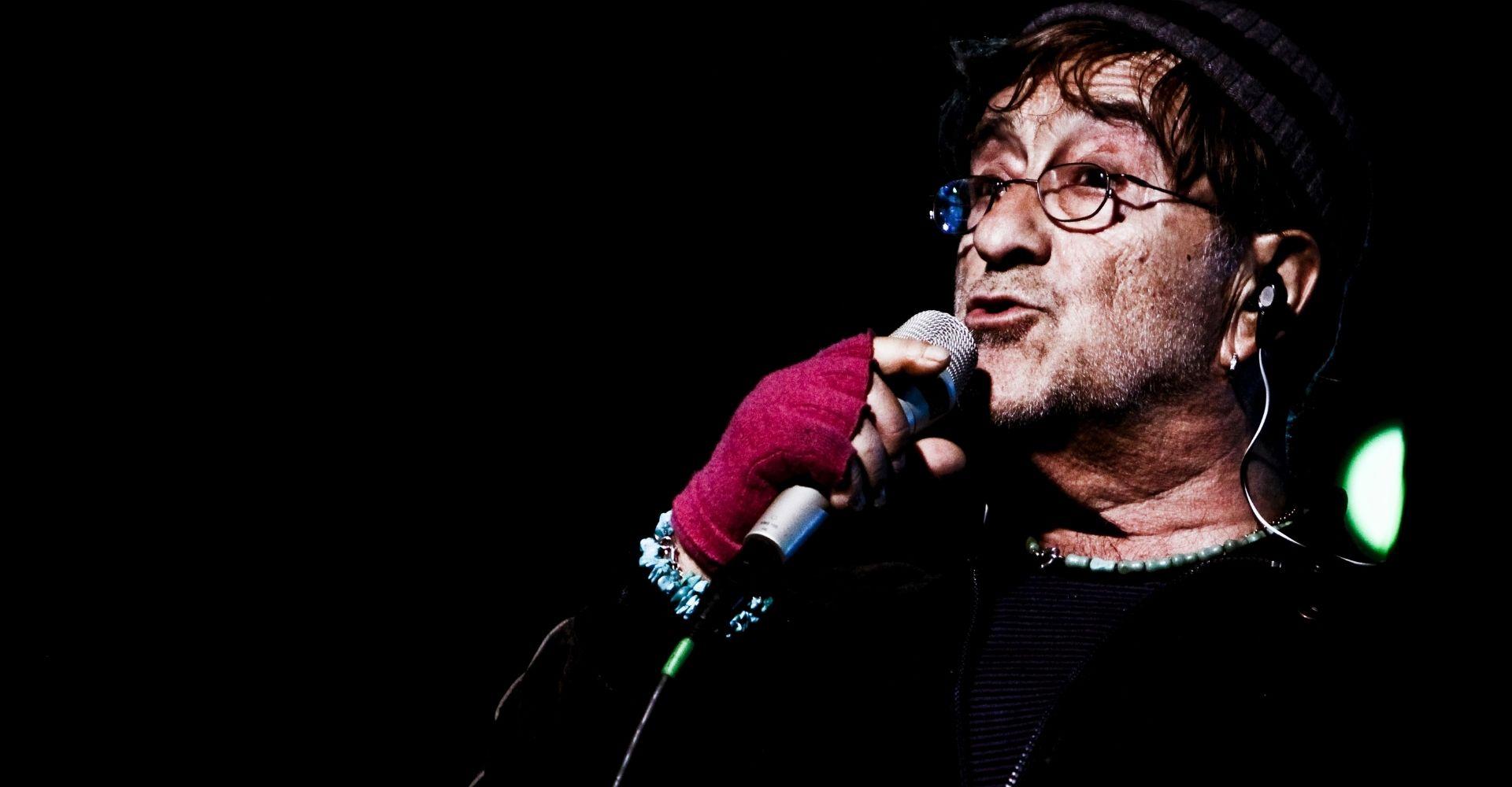 I riferimenti letterari nelle canzoni di Lucio Dalla, tra abissi e paradossi