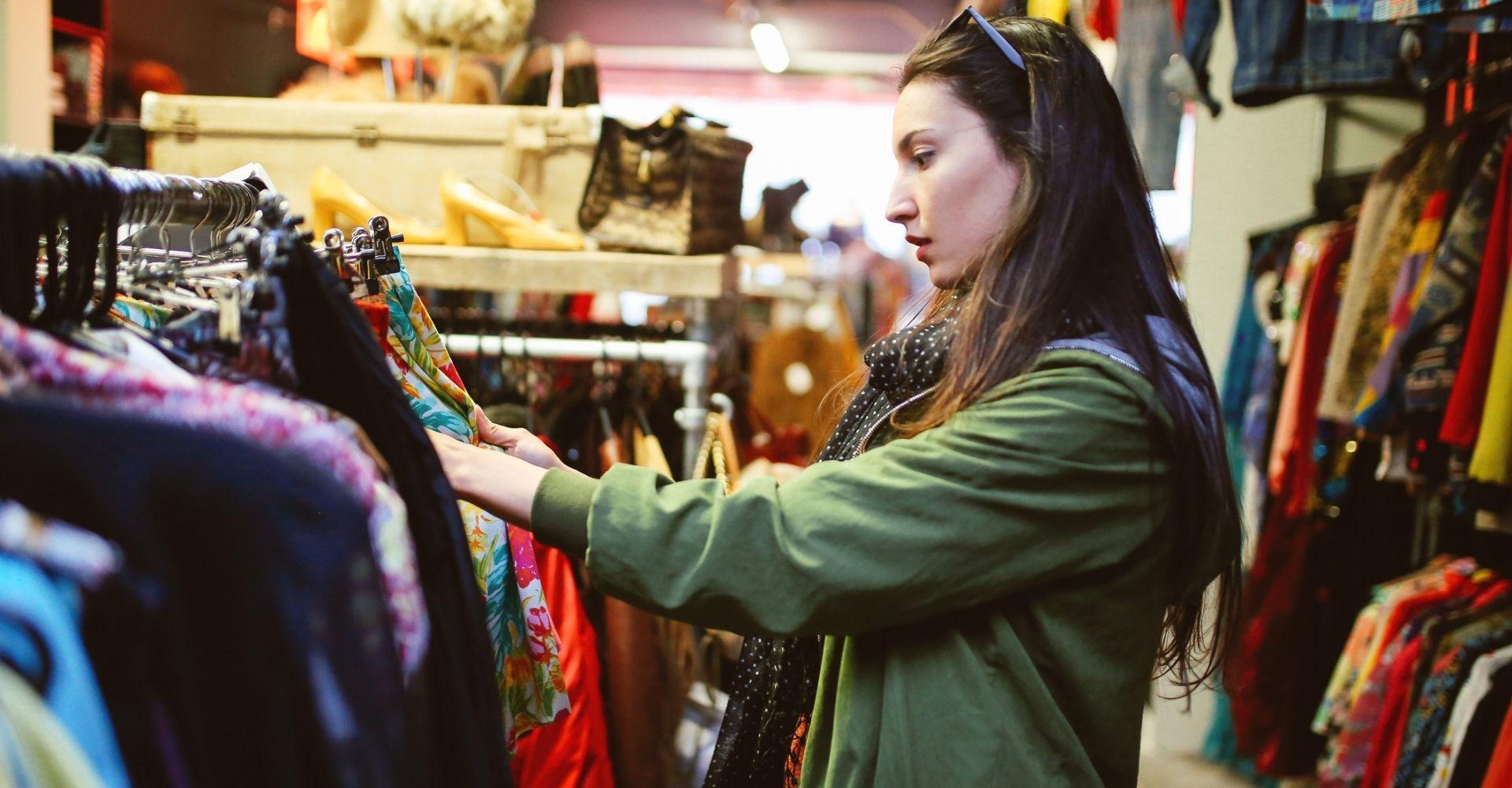 """""""I vestiti che ami vivono a lungo"""": l'attenzione all'ambiente si vede anche dagli abiti che scegli"""