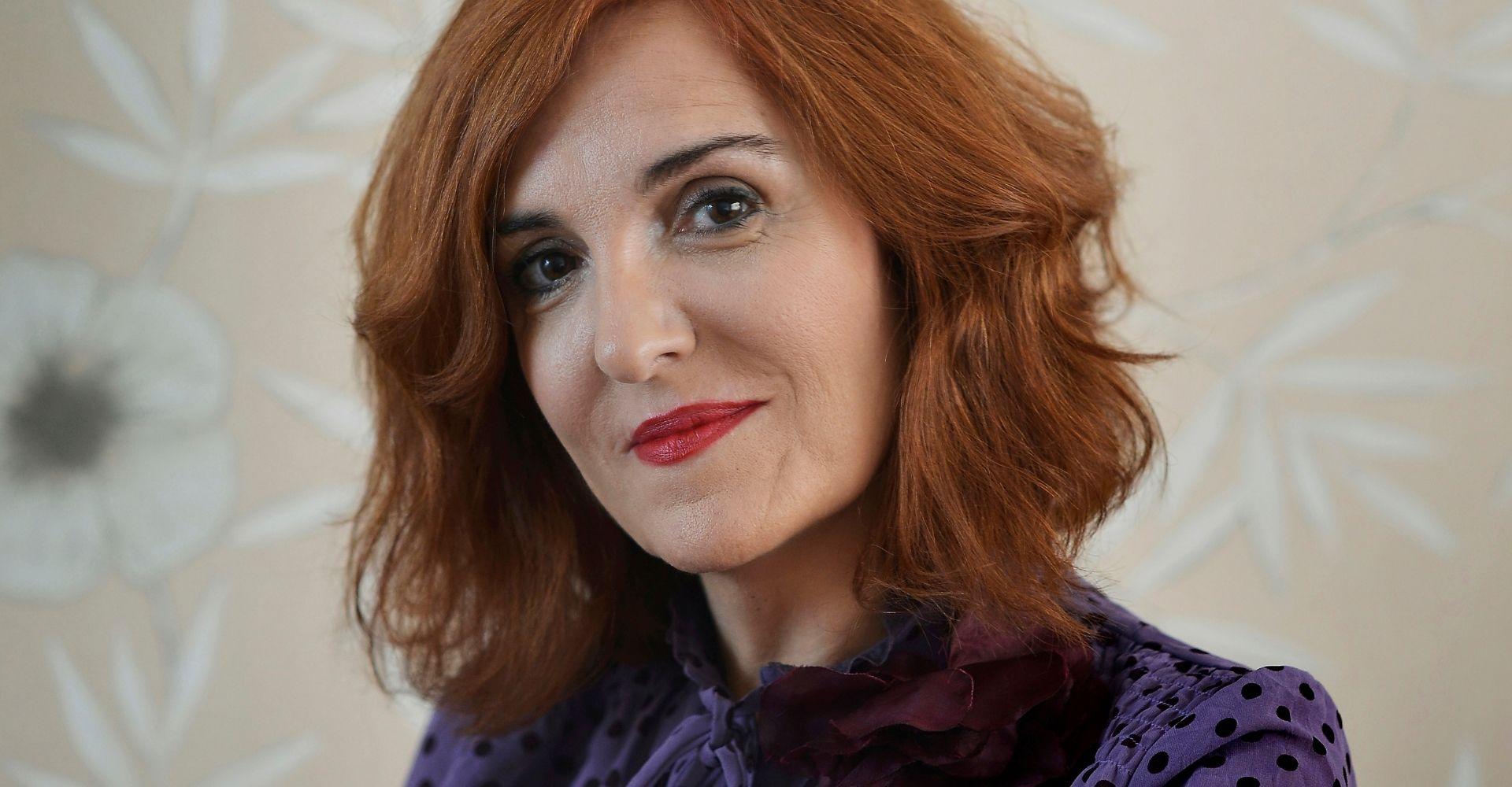 """Elvira Lindo: raccontare """"a cuore aperto"""" non solo una vita, ma una famiglia dentro la Storia"""