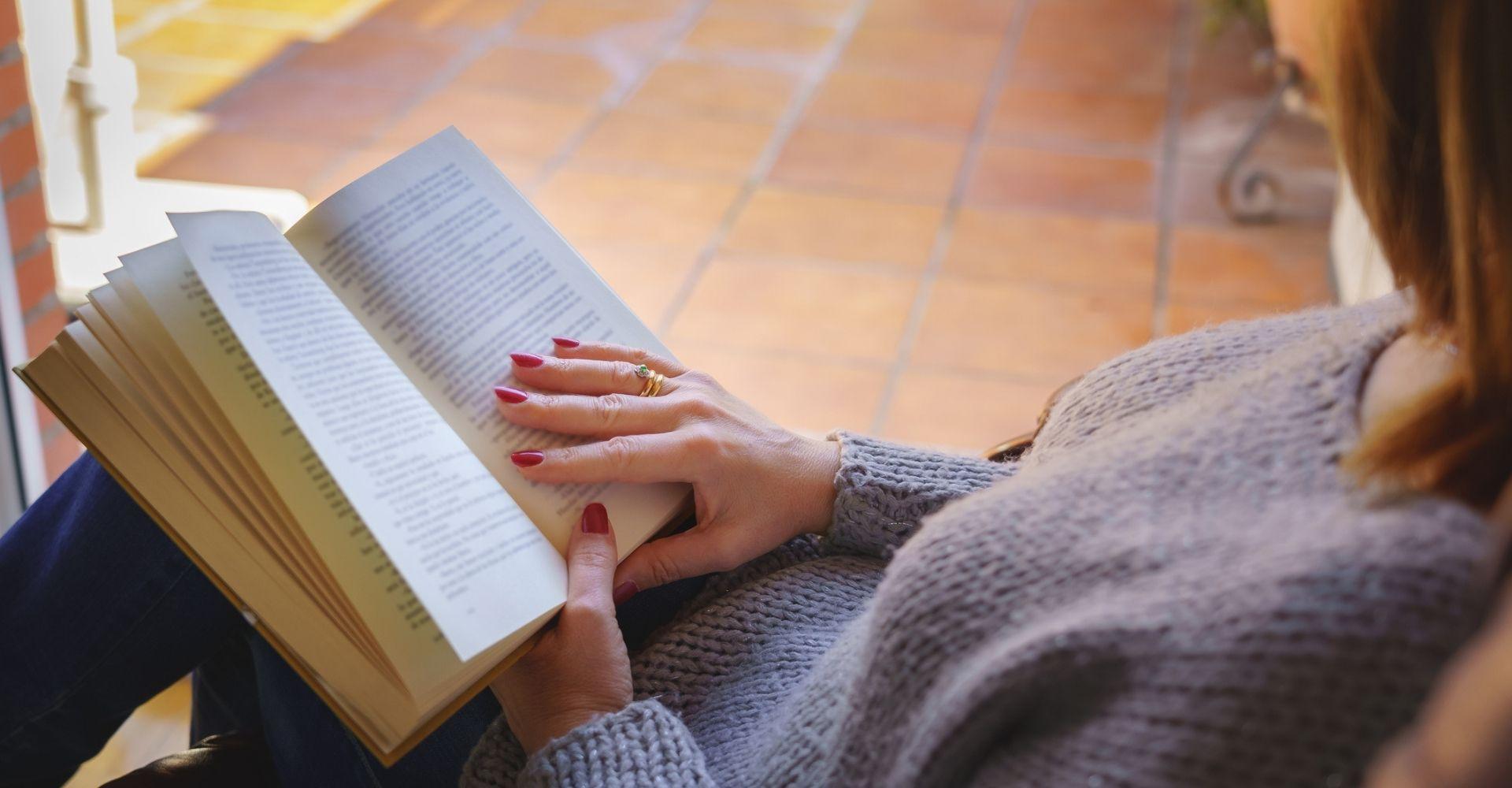 Libri: da Valérie Perrin a Javier Cercas, i bestseller del momento nel mondo